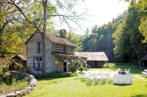 Wedding At Mast Farm Inn